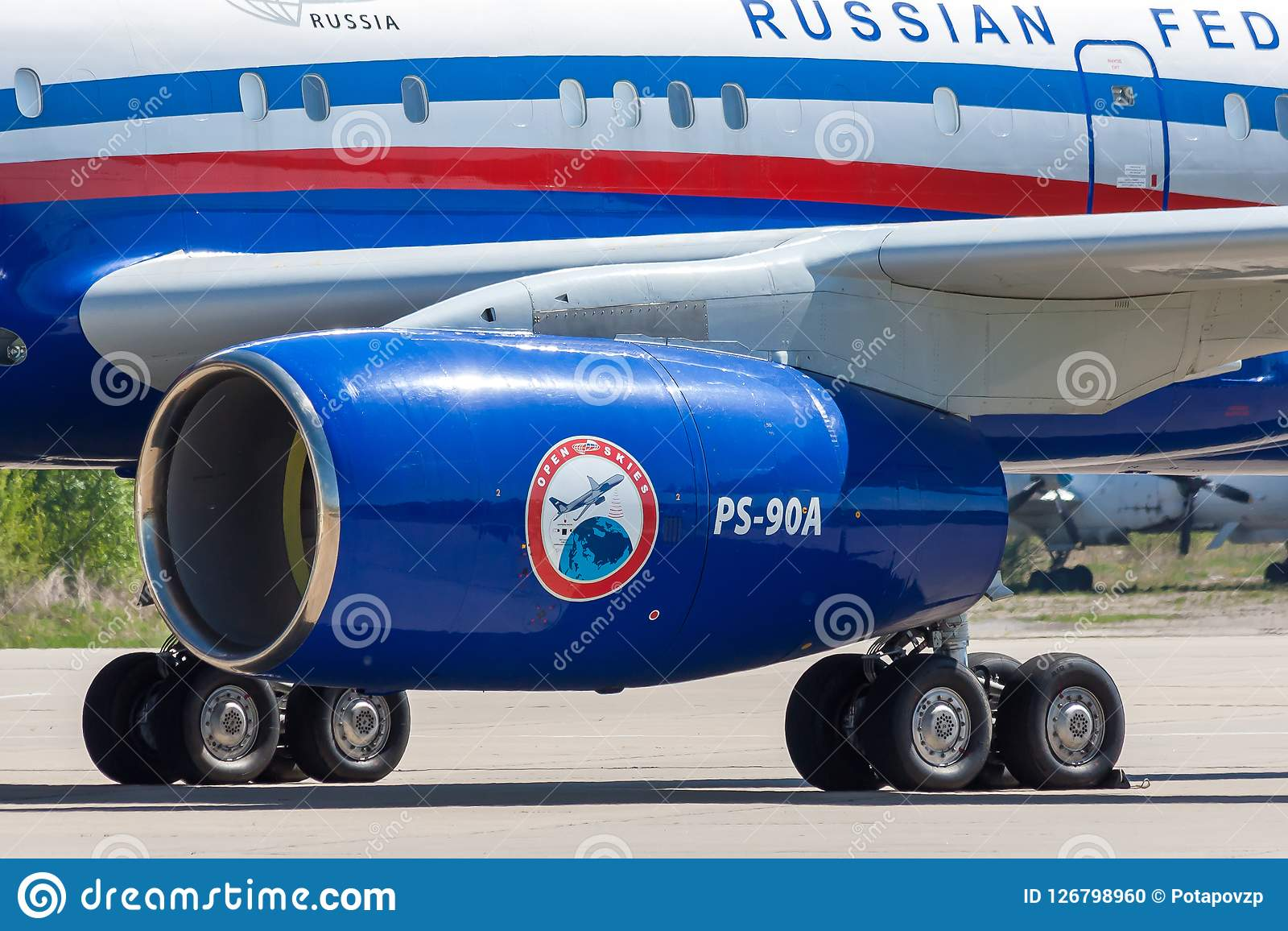 Kubinka Moskvaregion, Ryssland - 05/12/2018: Rysk Tupolev för luftbevakningflygplan Tu-214ON