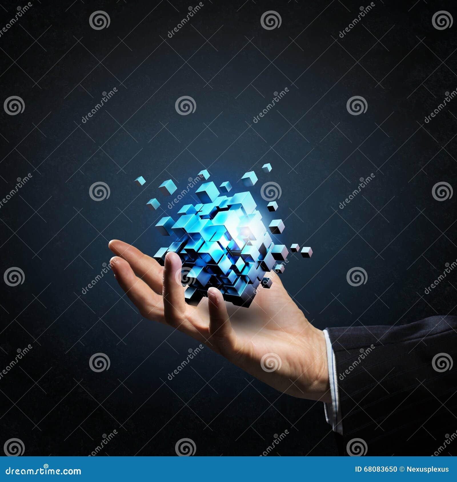 Kubus in mannelijke hand