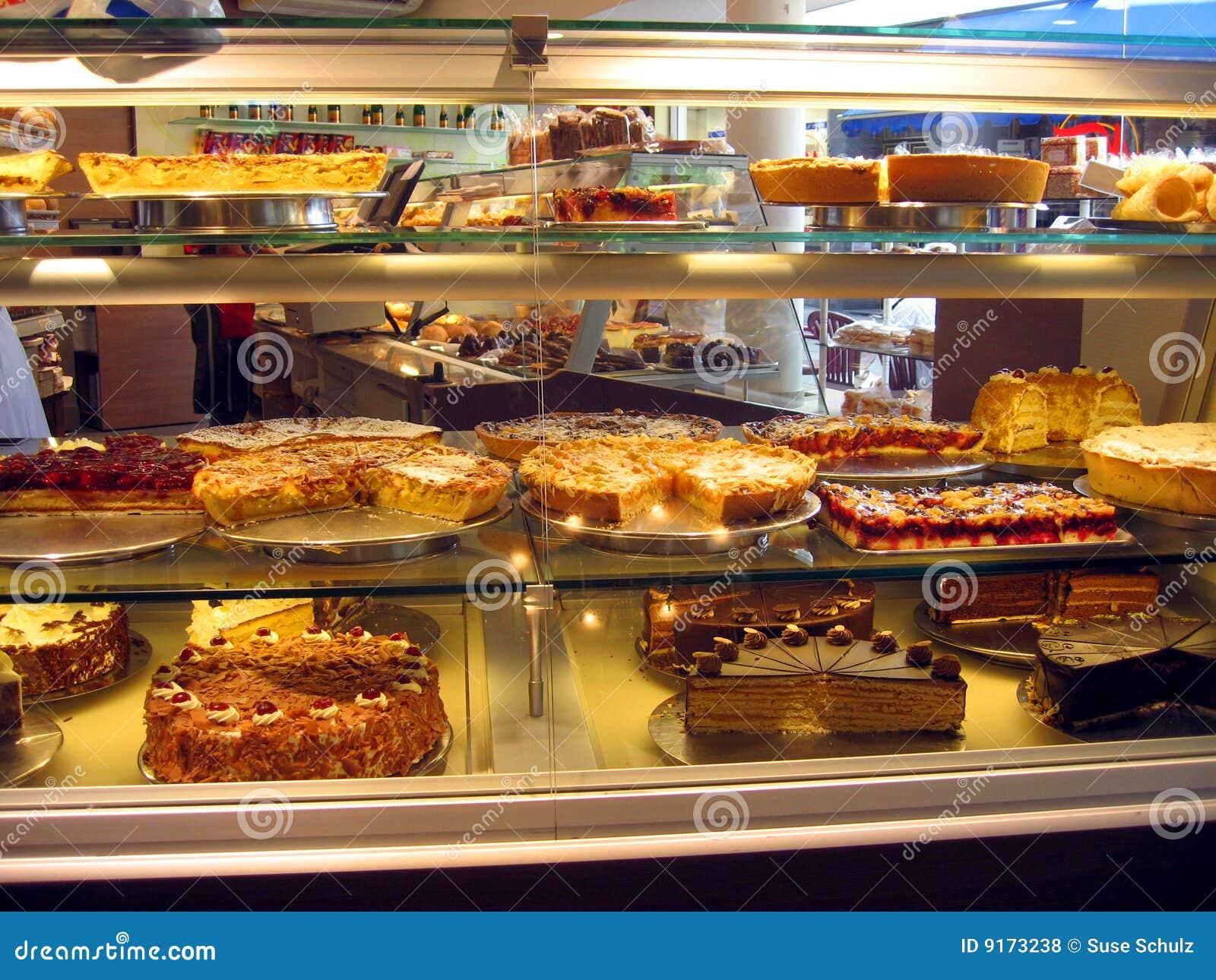 Kuchen im patisserie in deutschland stockfoto bild von for Kuchen in deutschland