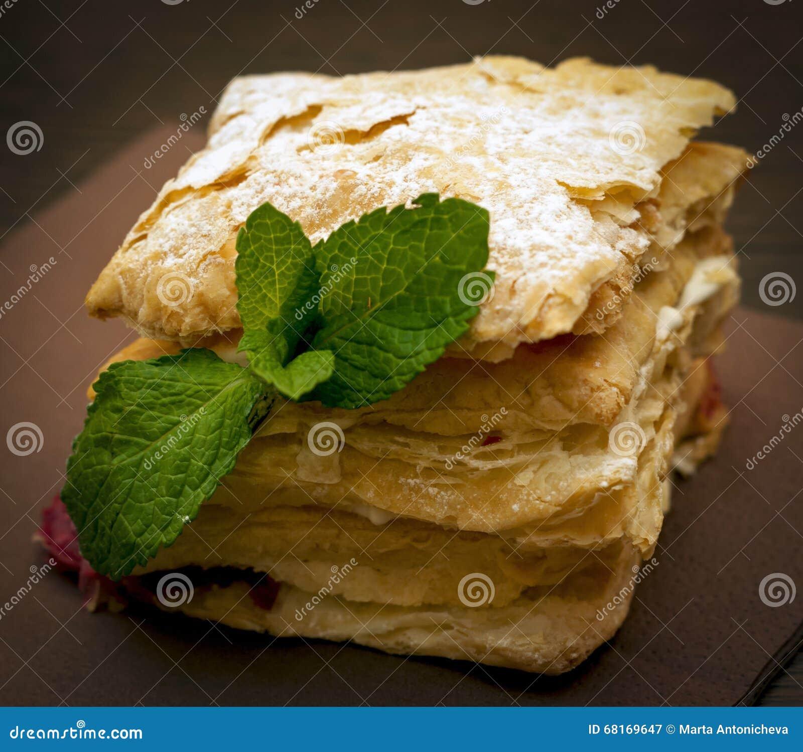 Kuchen Mascarpone Mit Kase Und Brombeeren Stockbild Bild Von
