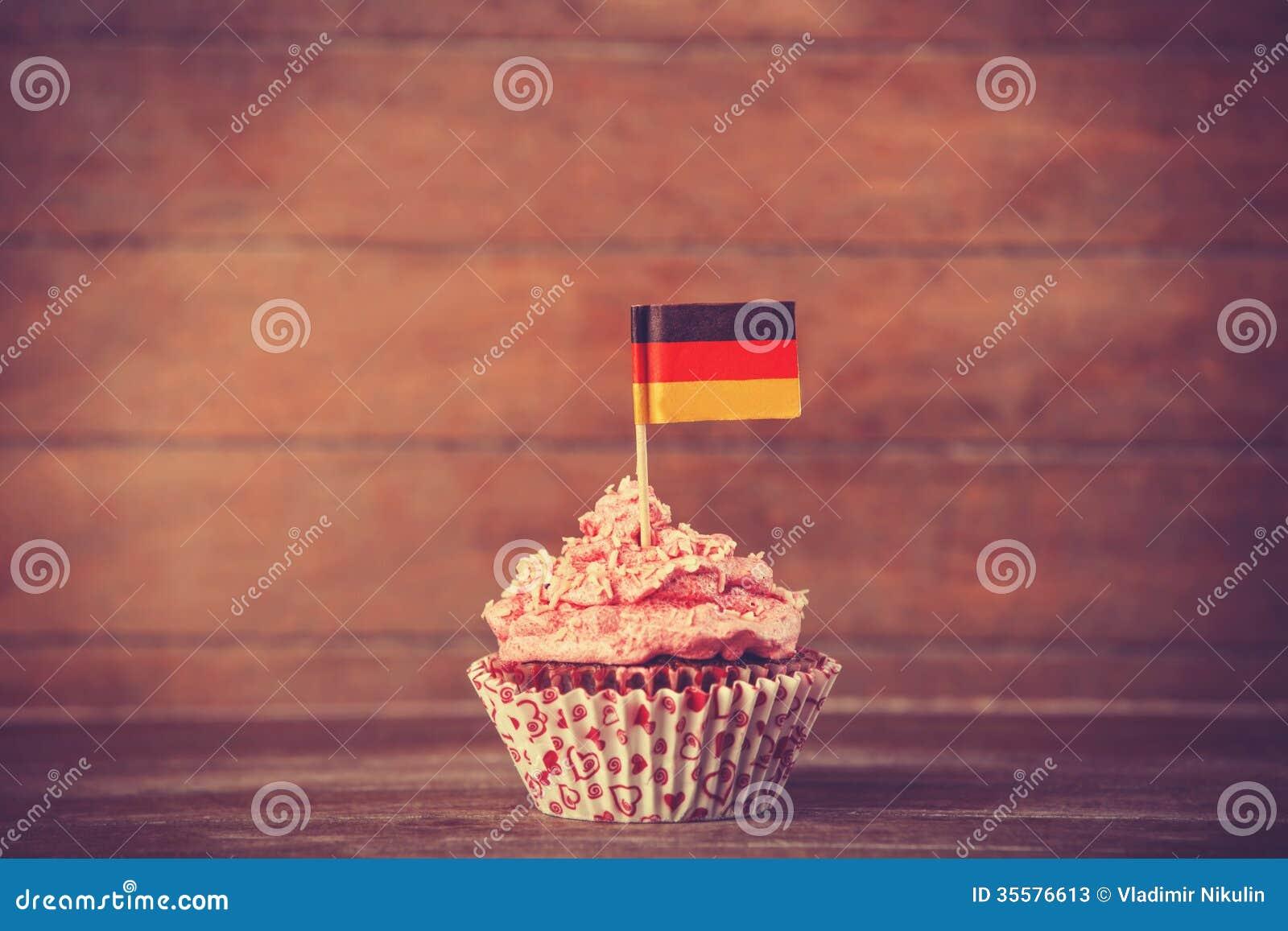 Kuchen Mit Deutschland Flagge Stockbild Bild Von Kohlenhydrate