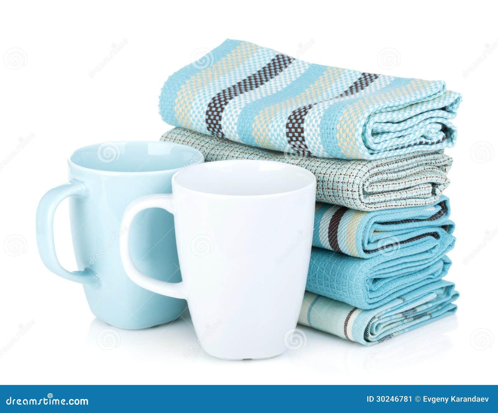 Kuchenni ręczniki i herbaciane filiżanki