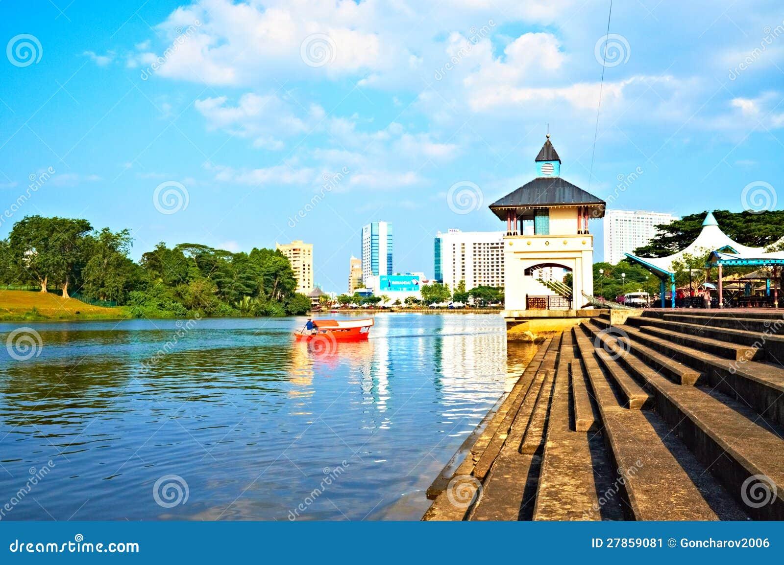 Kuching Nabrzeże, Borneo (Malezja)