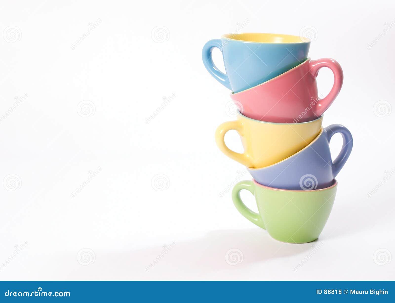Kulöra koppar för kaffe