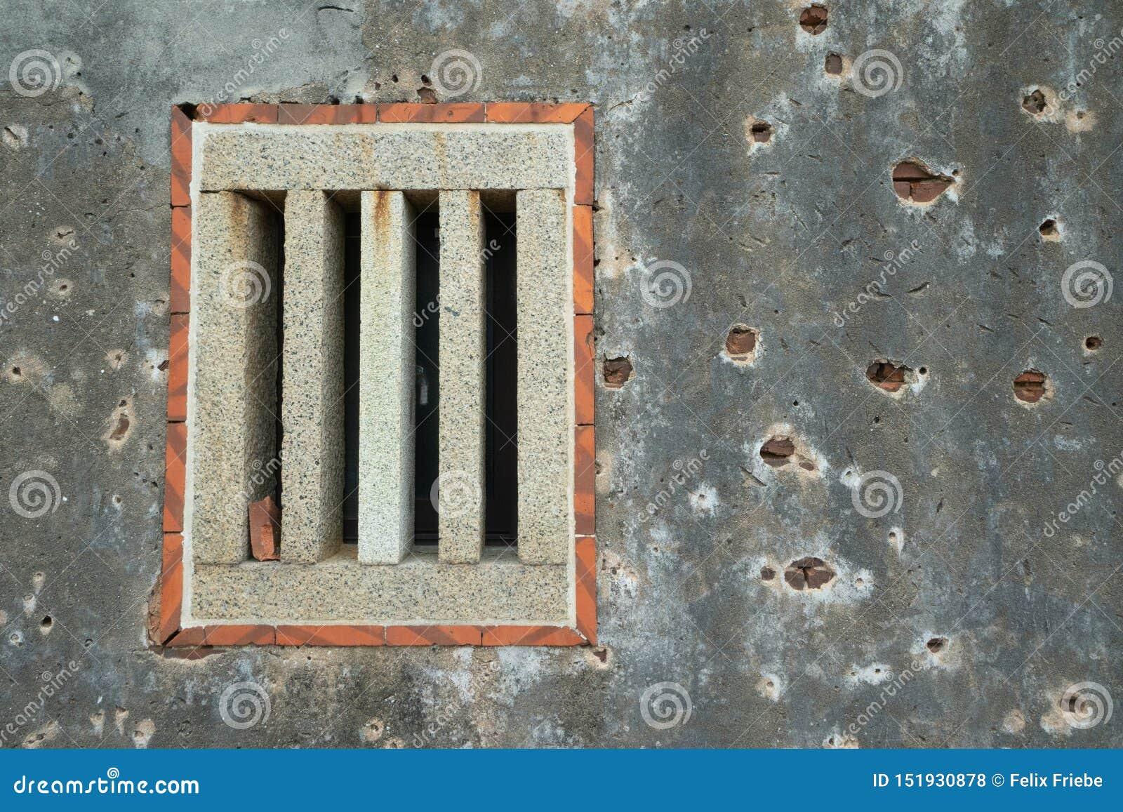 Kulhål i en gammal taiwanesisk byggnad