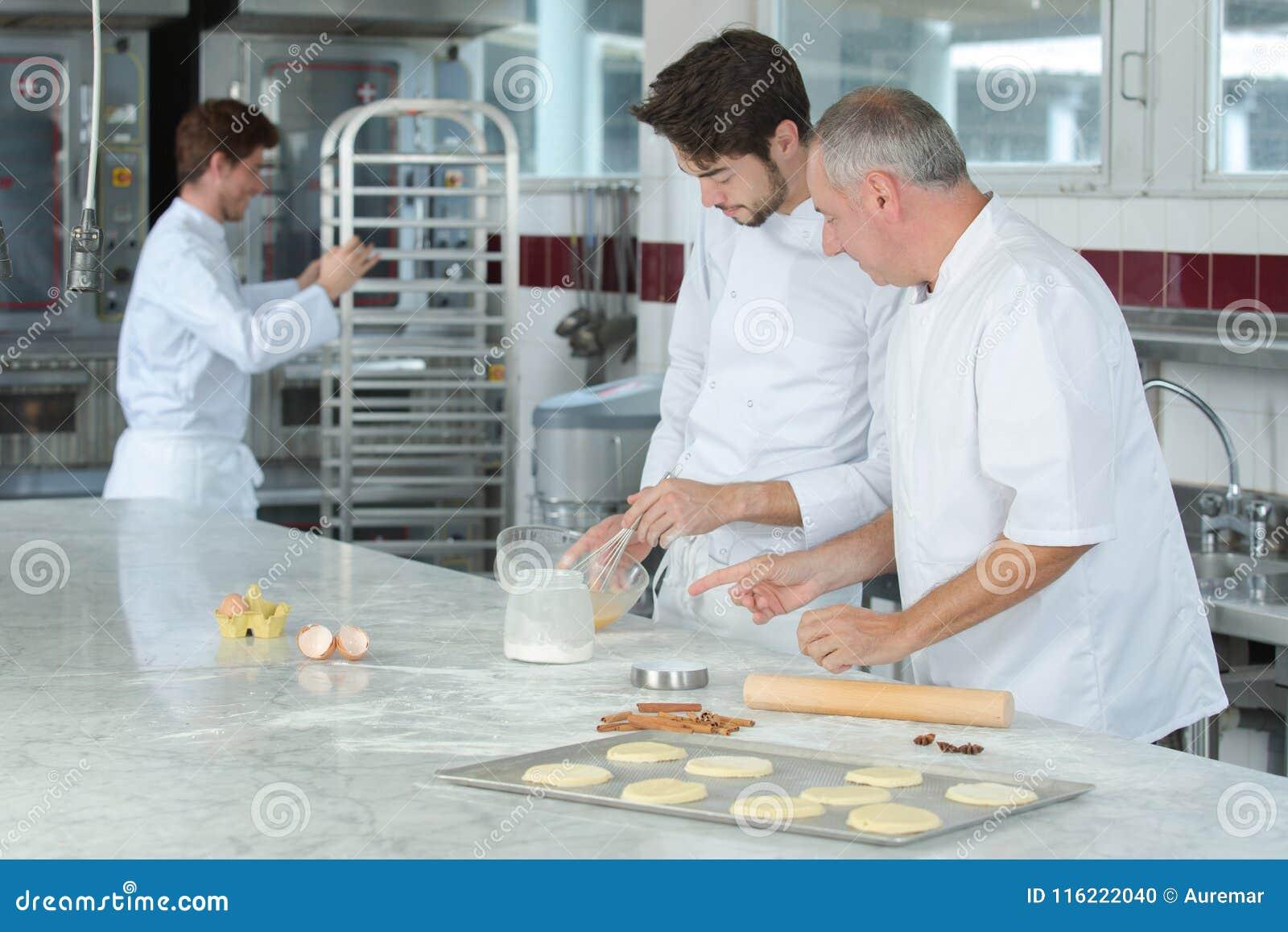 Kulinarnej klasy piekarni kulinarny jedzenie i ludzie pojęć