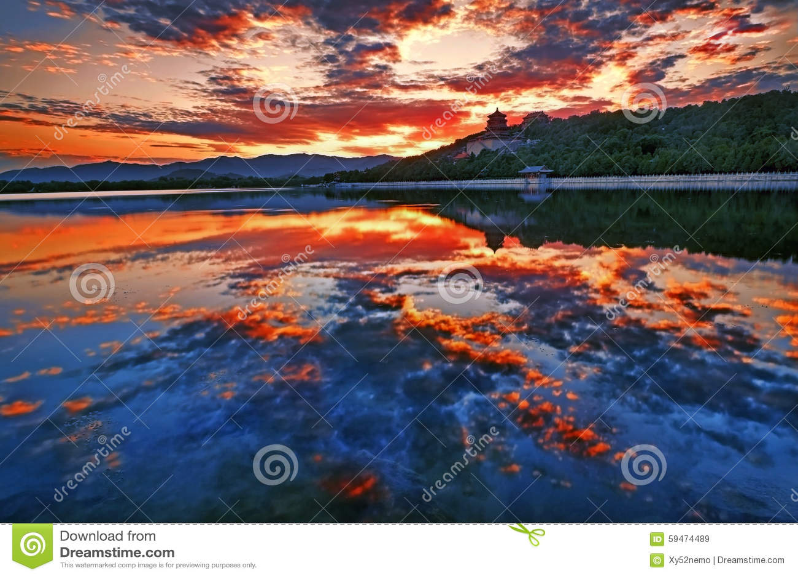 Kunming lake sunset, Summer palace, Beijing, China