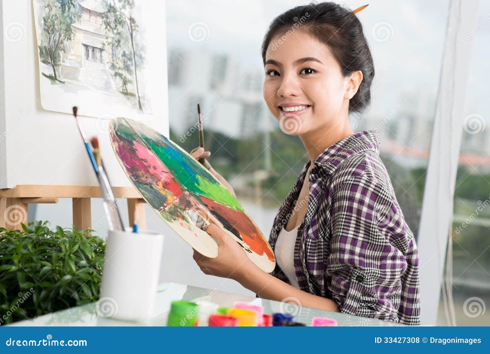 Kunstenaar op het werk