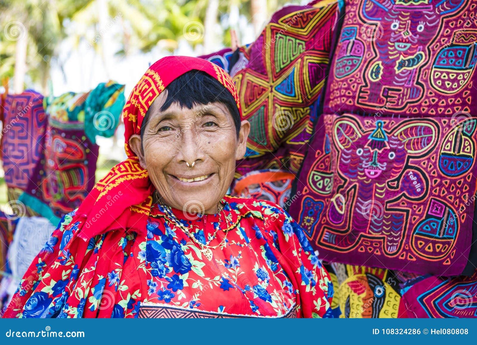 Kuny kobieta, Panama z tradycyjnej sztuki pracami - Molas,