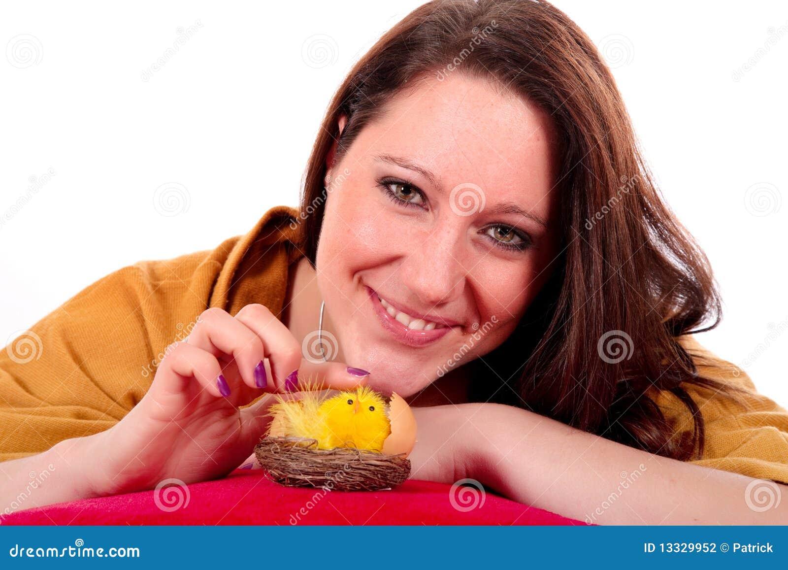 Kurczaka Easter kobieta