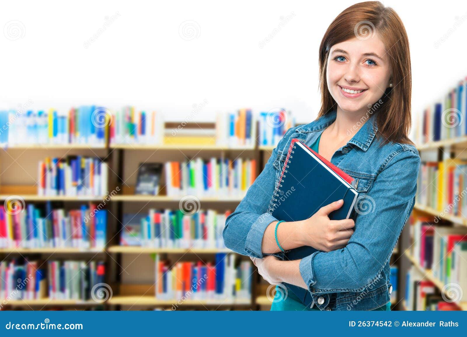 Kursteilnehmer an der Campusbibliothek