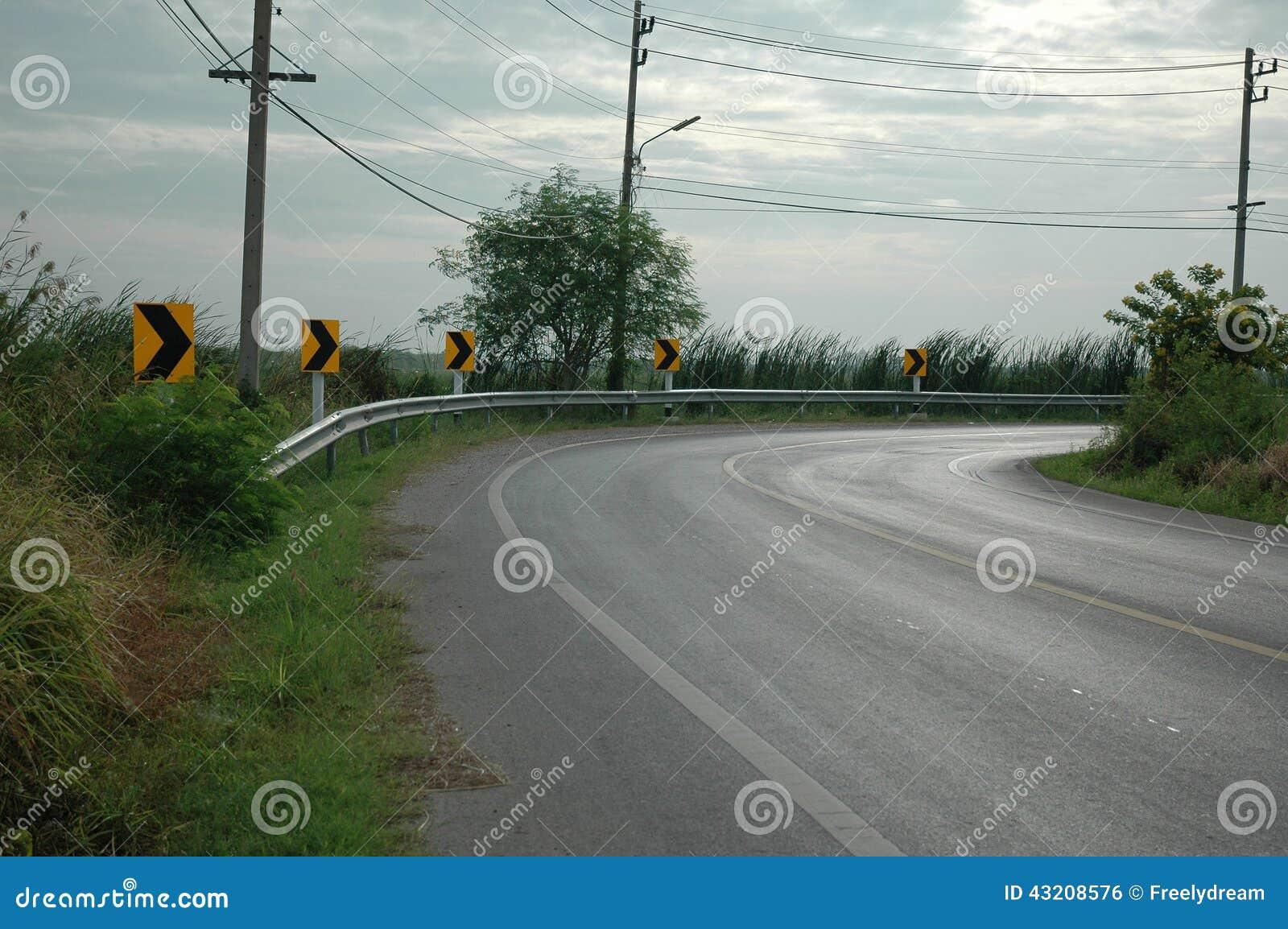 Download Kurvlandsväg arkivfoto. Bild av körning, motorcykel, destinationer - 43208576
