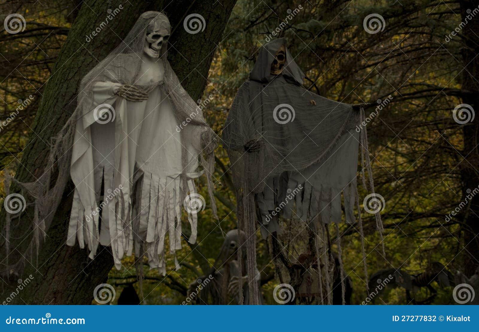 Kusliga spökar i treesna
