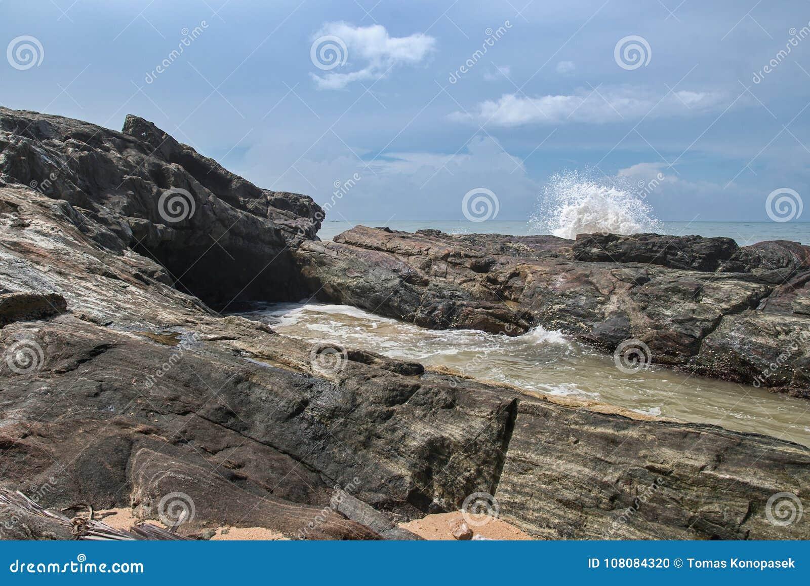 Kust av Indiska oceanen i Sri Lanka