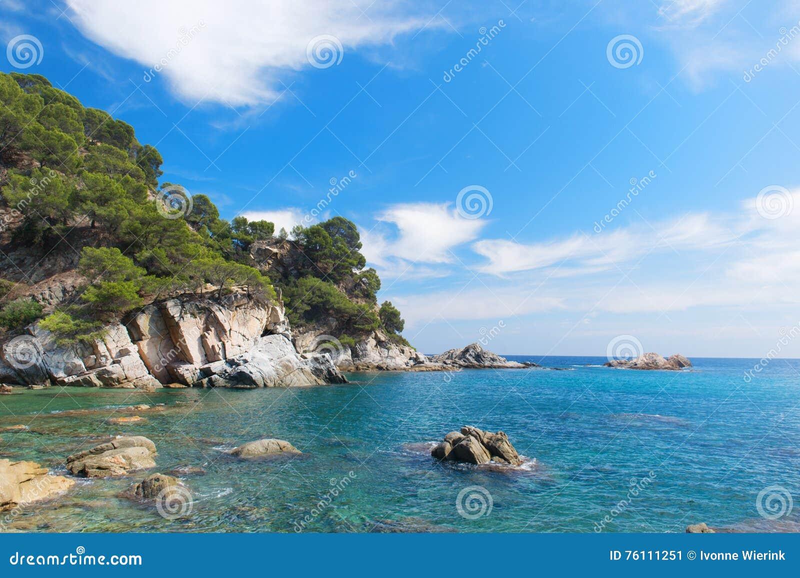 Kust Costa Brava i Spanien