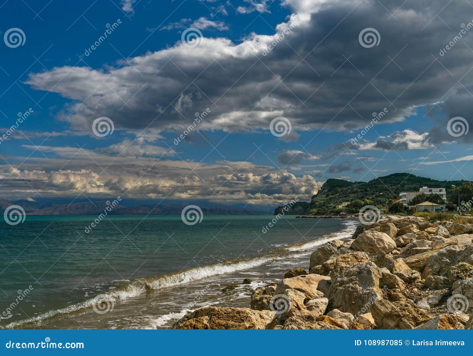 Kustlijn Korfu en Albanië