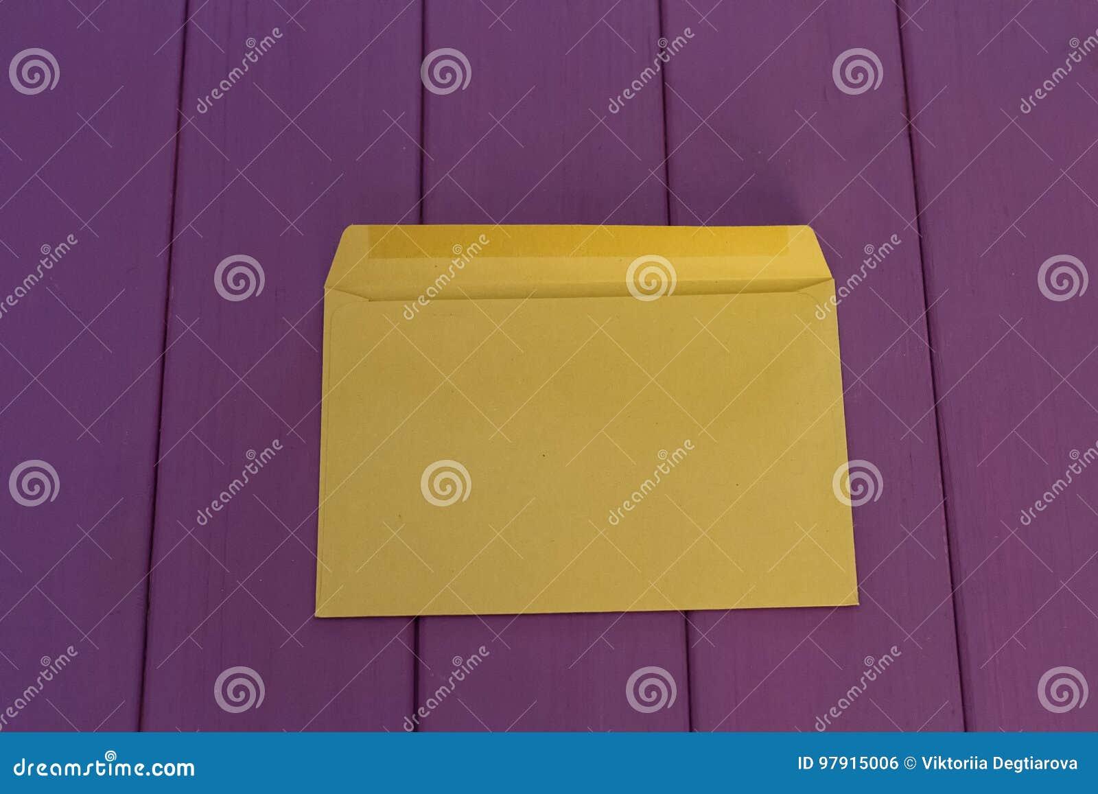 Kuvert för Kraft papper