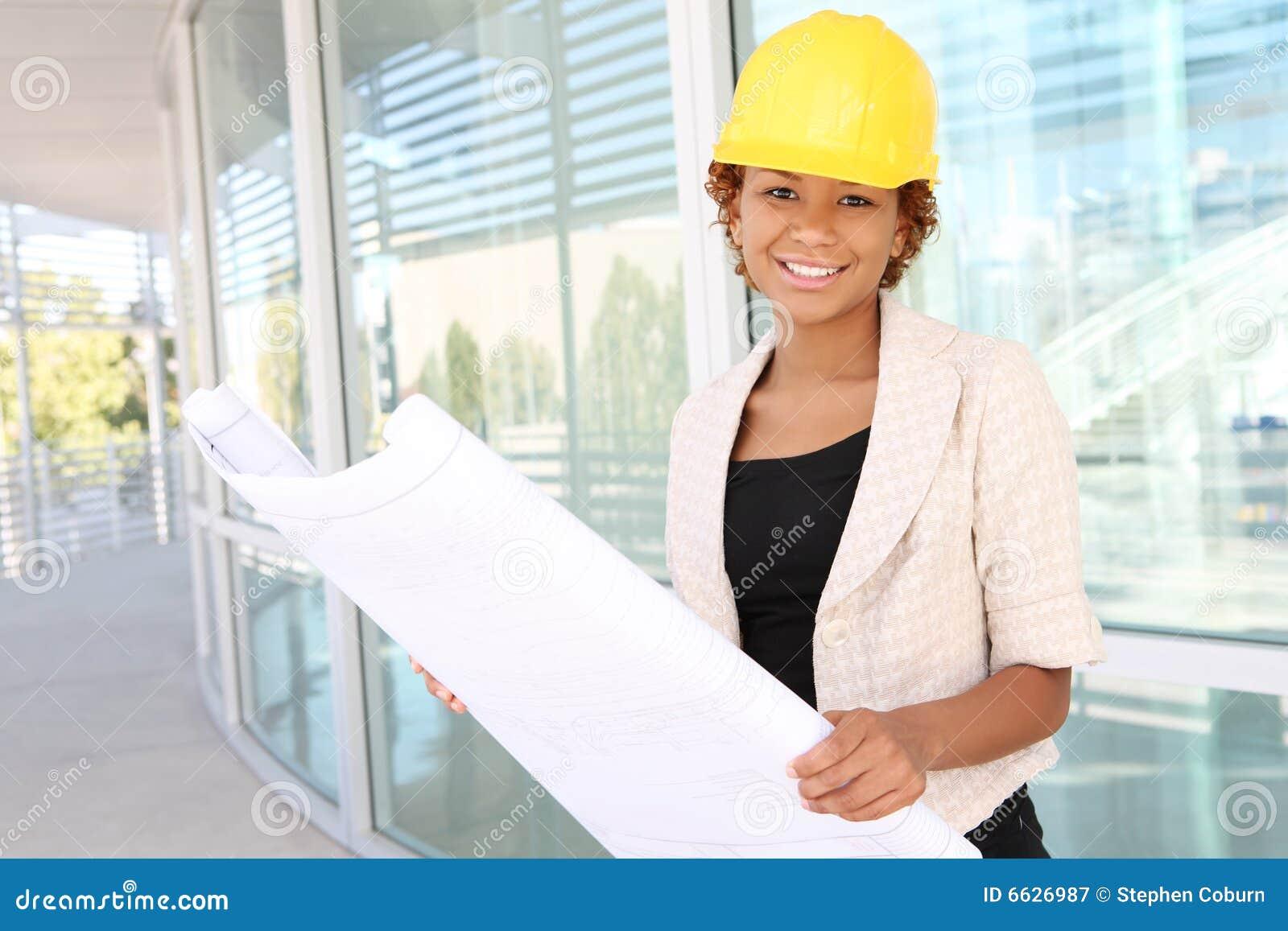 Kvinna för arkitektkonstruktionslokal