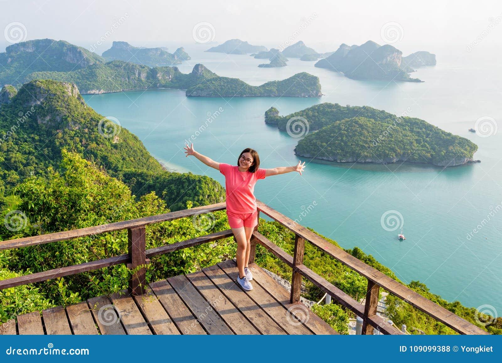 Kvinna på det maximala berget