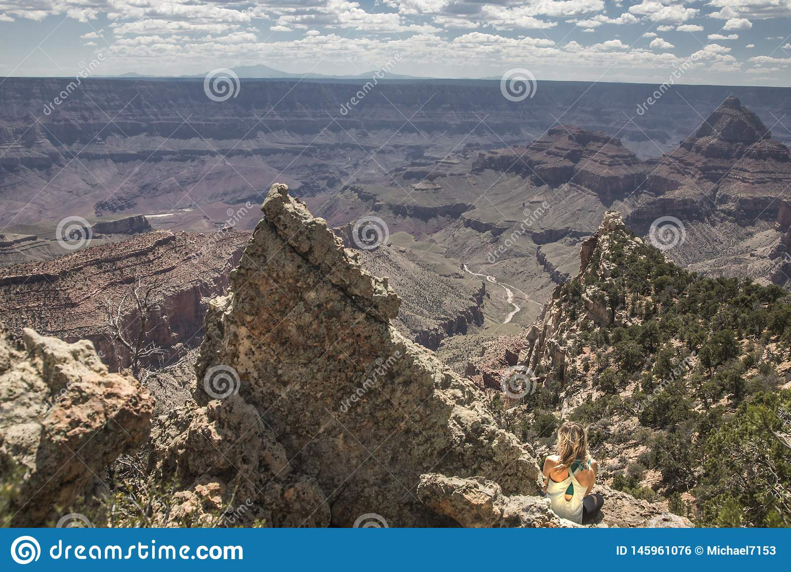 Kvinna p? Grand Canyon