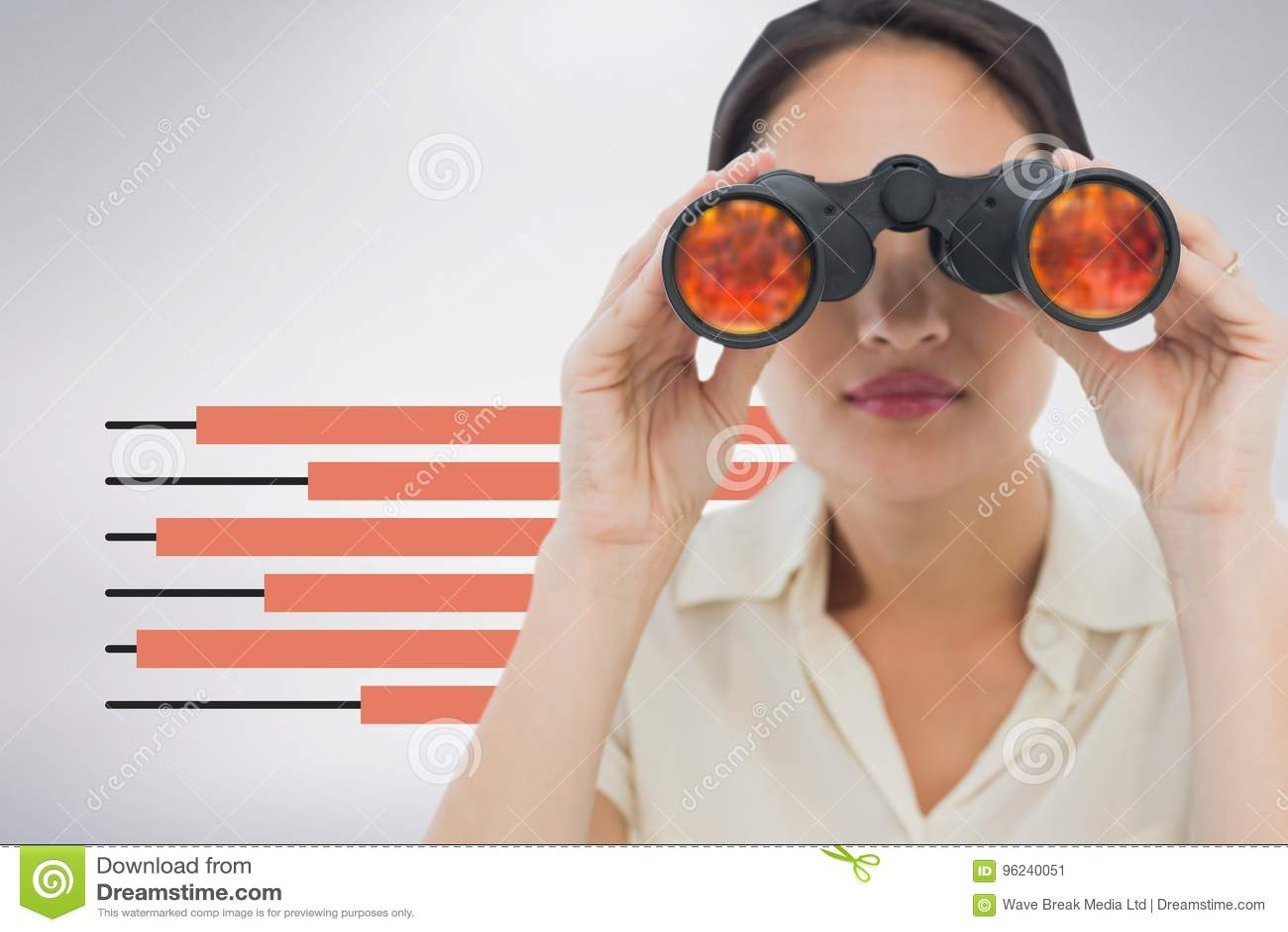 Kvinna som ser till och med kikare mot vit bakgrund med infographics