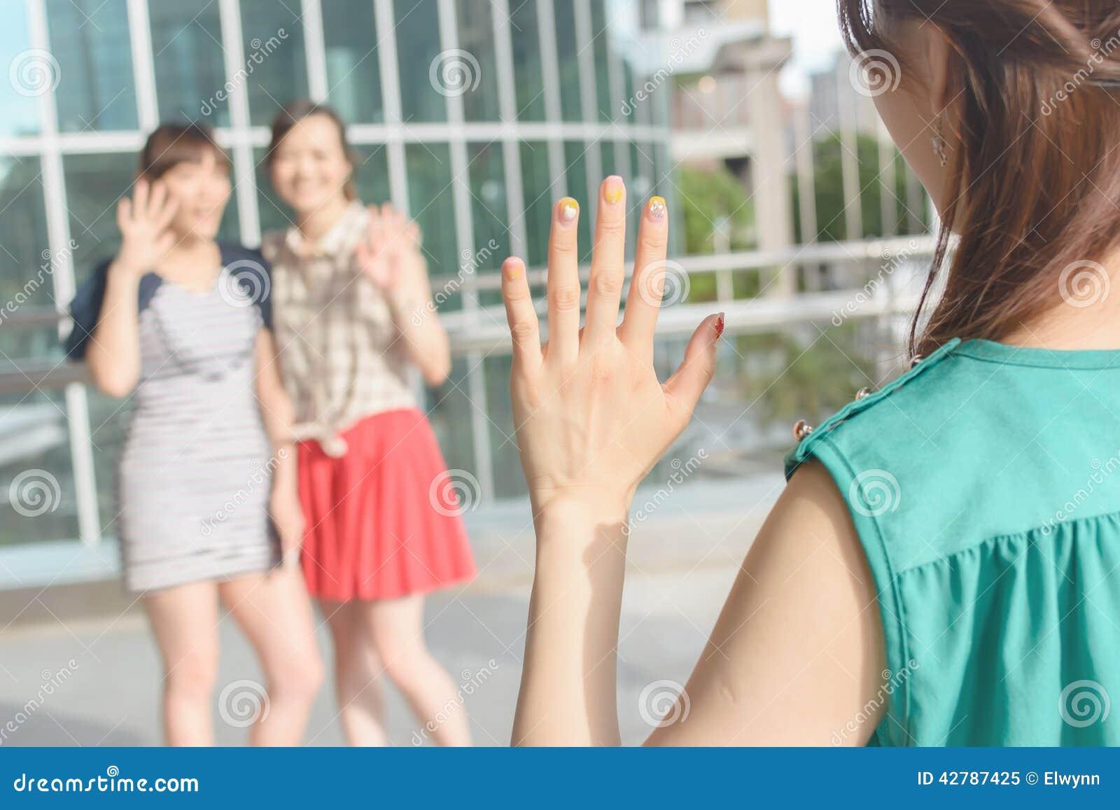 Kvinnamöte hennes vänner