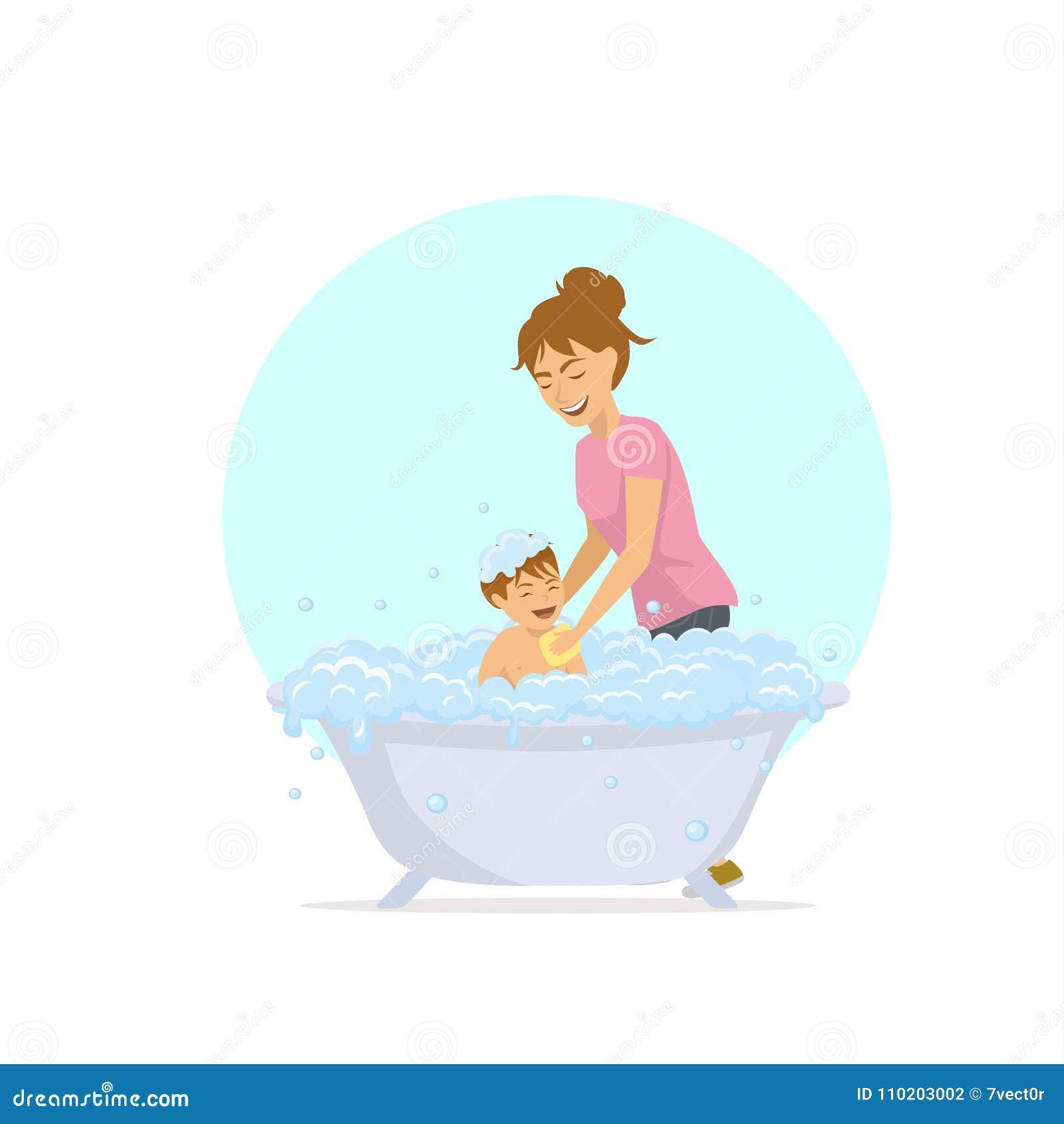 Kvinnan som badar hennes barn i ett badkar med bubblor, skummar
