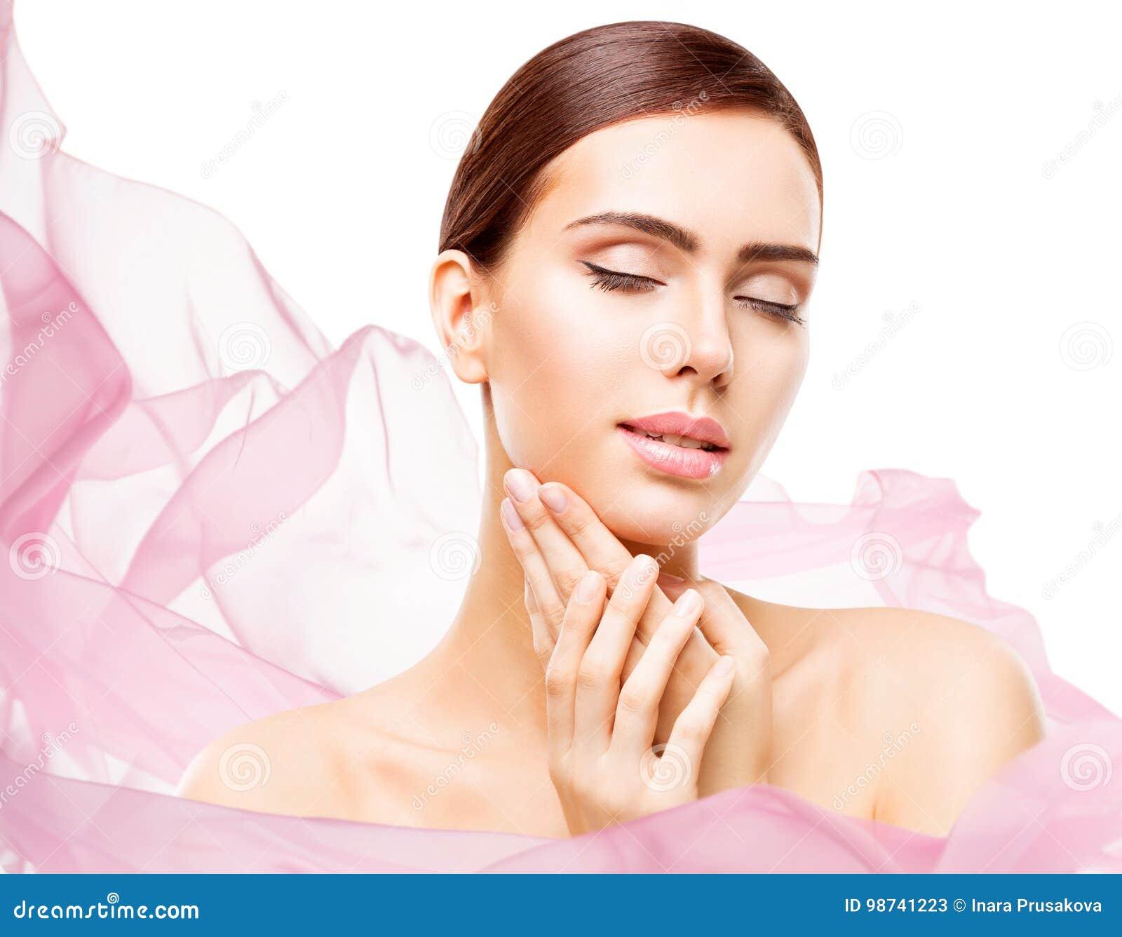Kvinnaskönhetmakeup, naturligt härligt smink för framsidahudomsorg