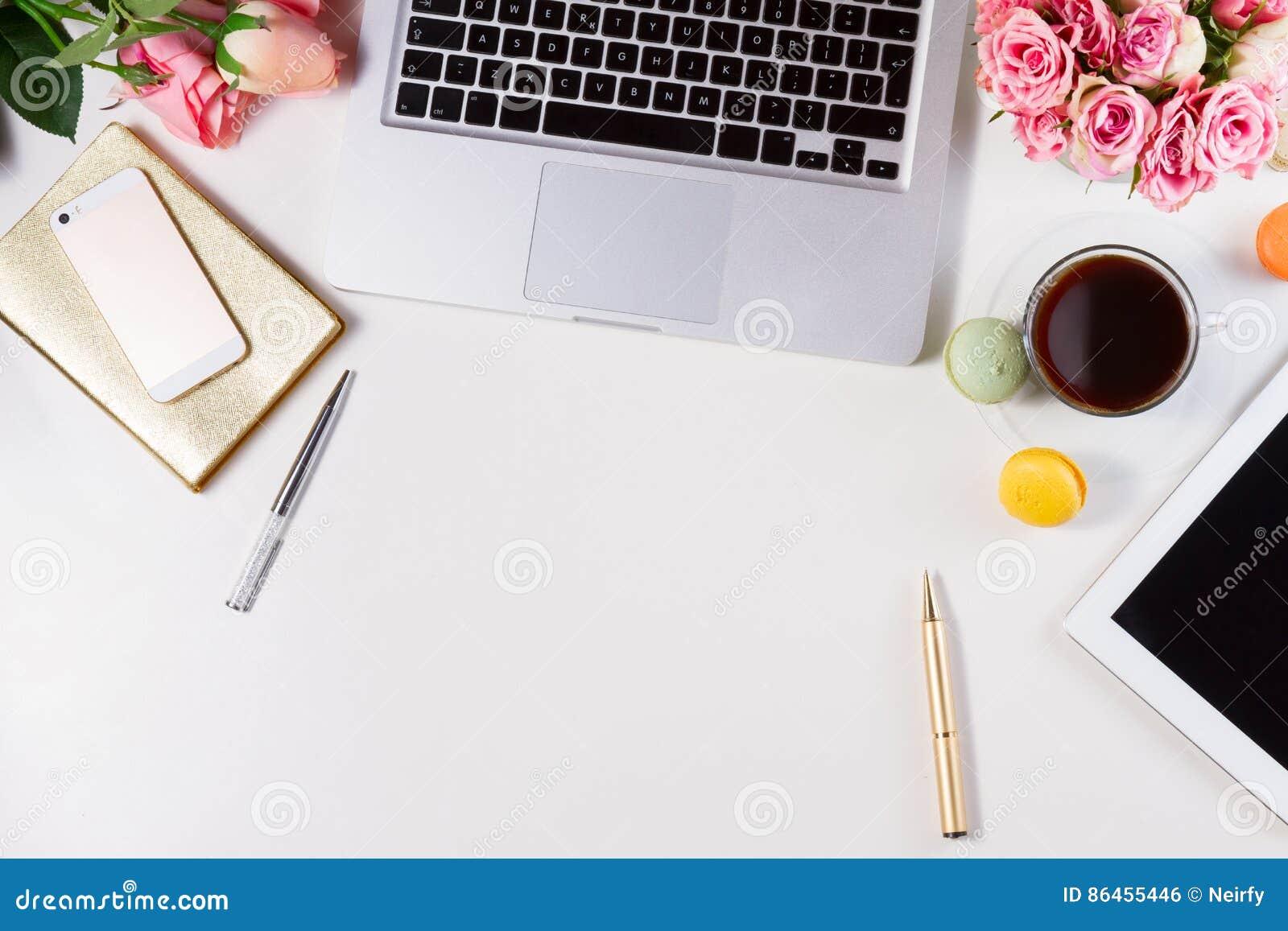 Kvinnlig workspace, bästa sikt