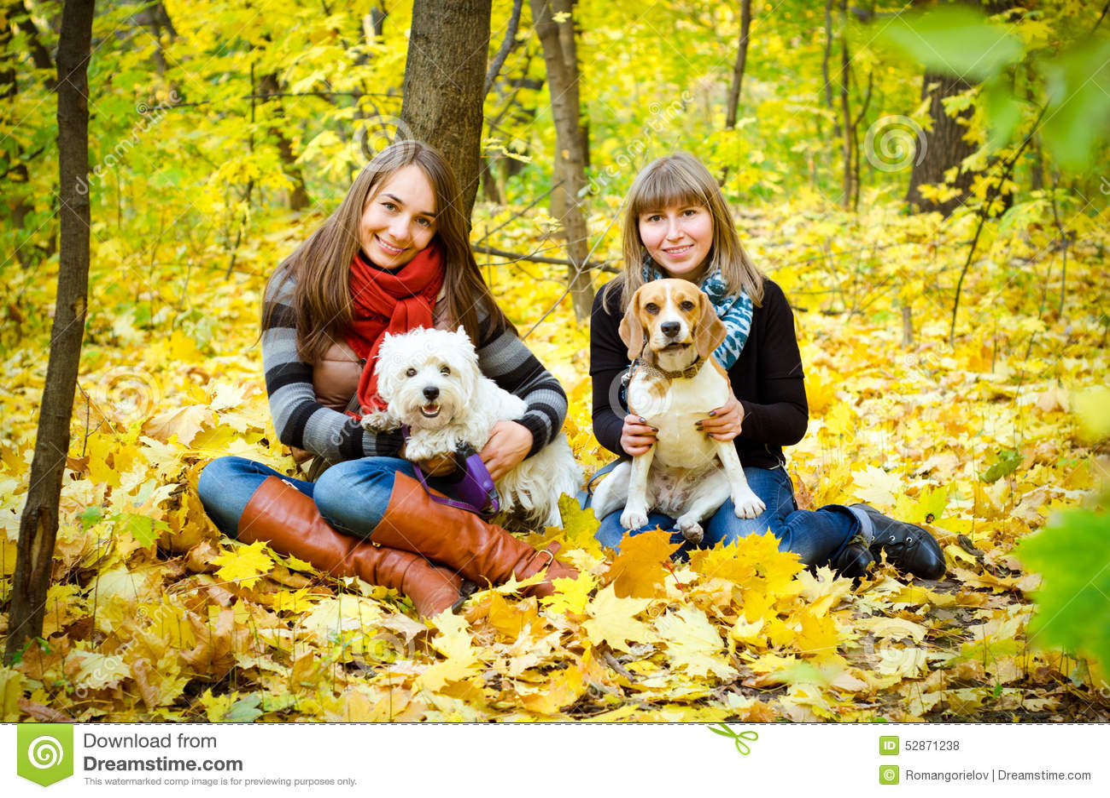 Kvinnor med hundkapplöpning