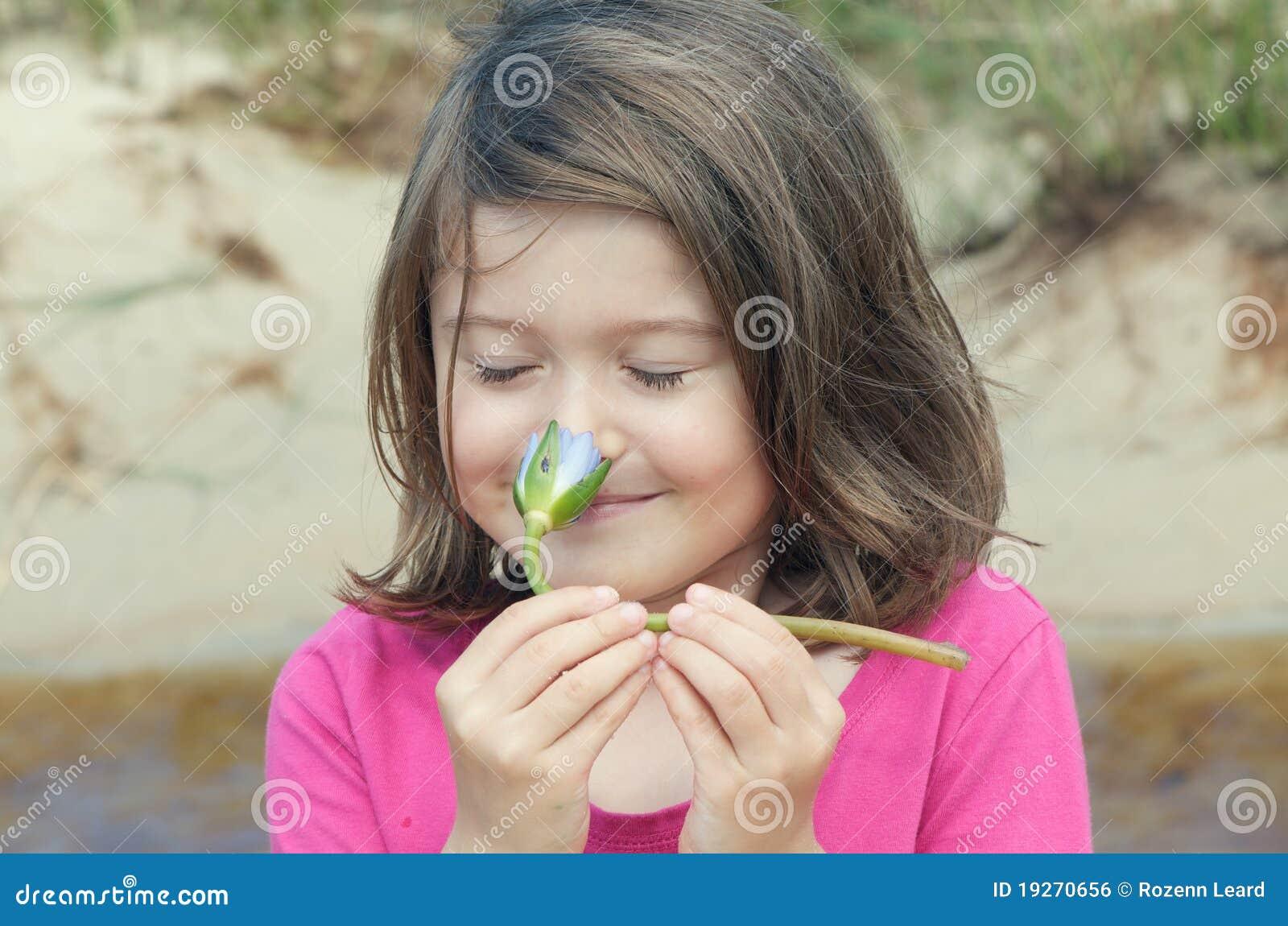 Kwiatu dziewczyny target1514_0_