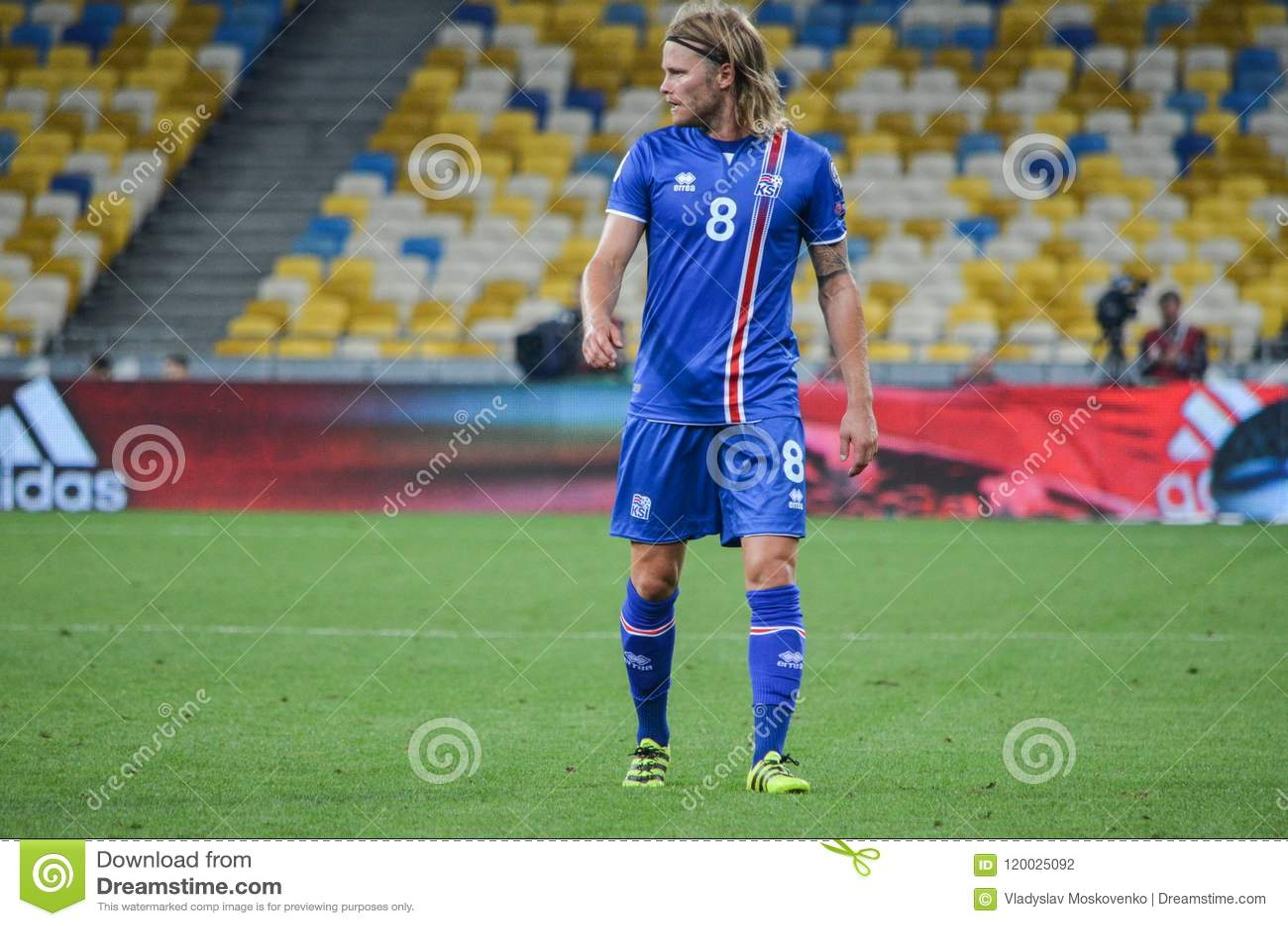 Bjarnason Fifa 16