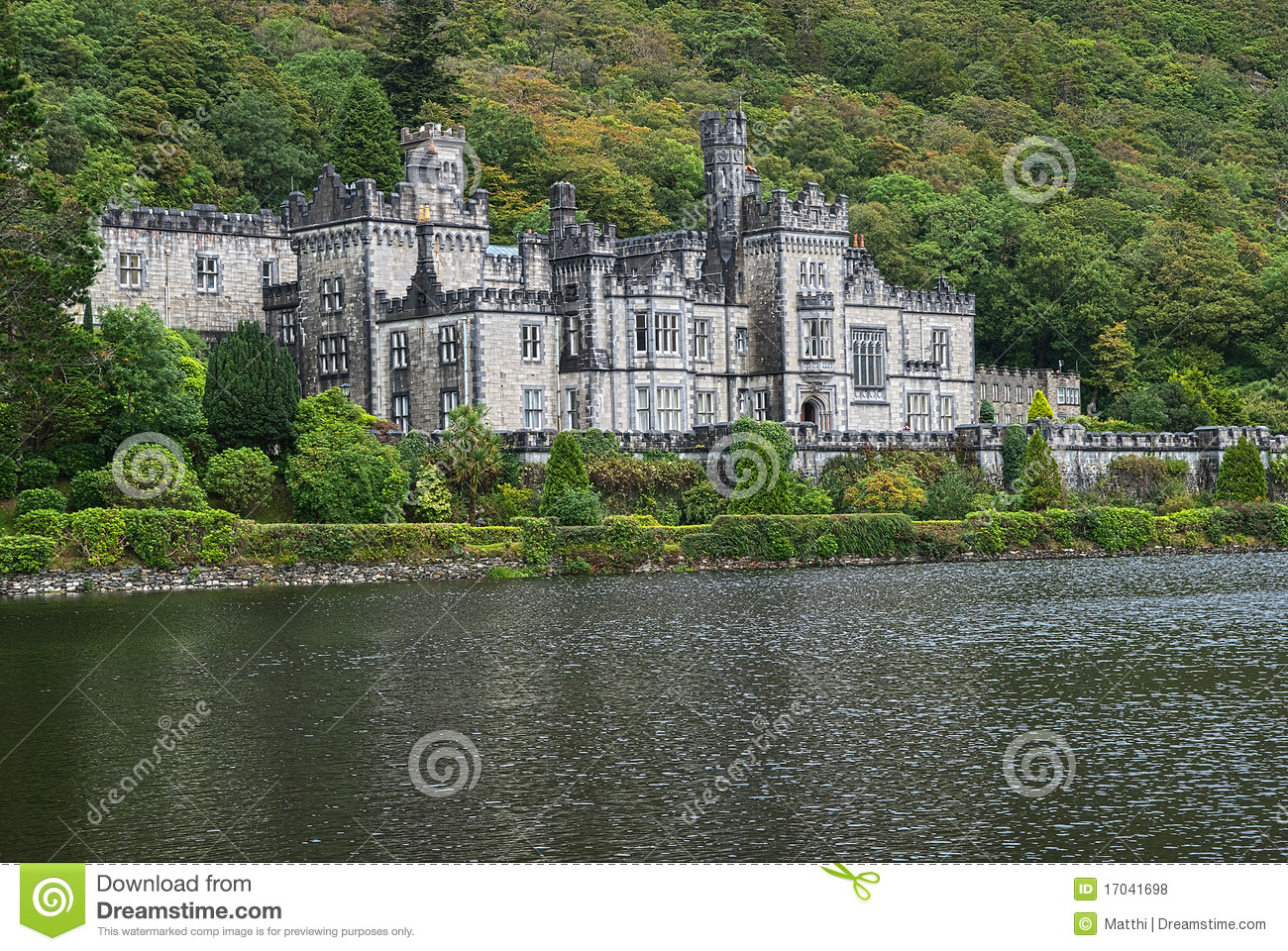 Kylemore Abbey Castle, Galway, Ireland Editorial Stock Photo - Image ...