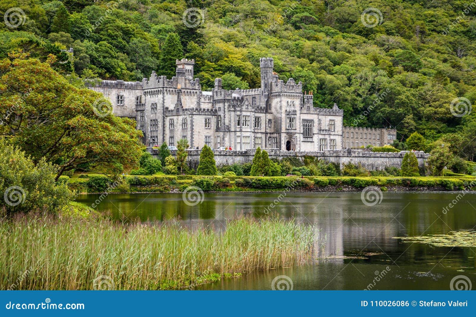 Kylemoreabdij, in Connemara, Provincie Galway, Ierland