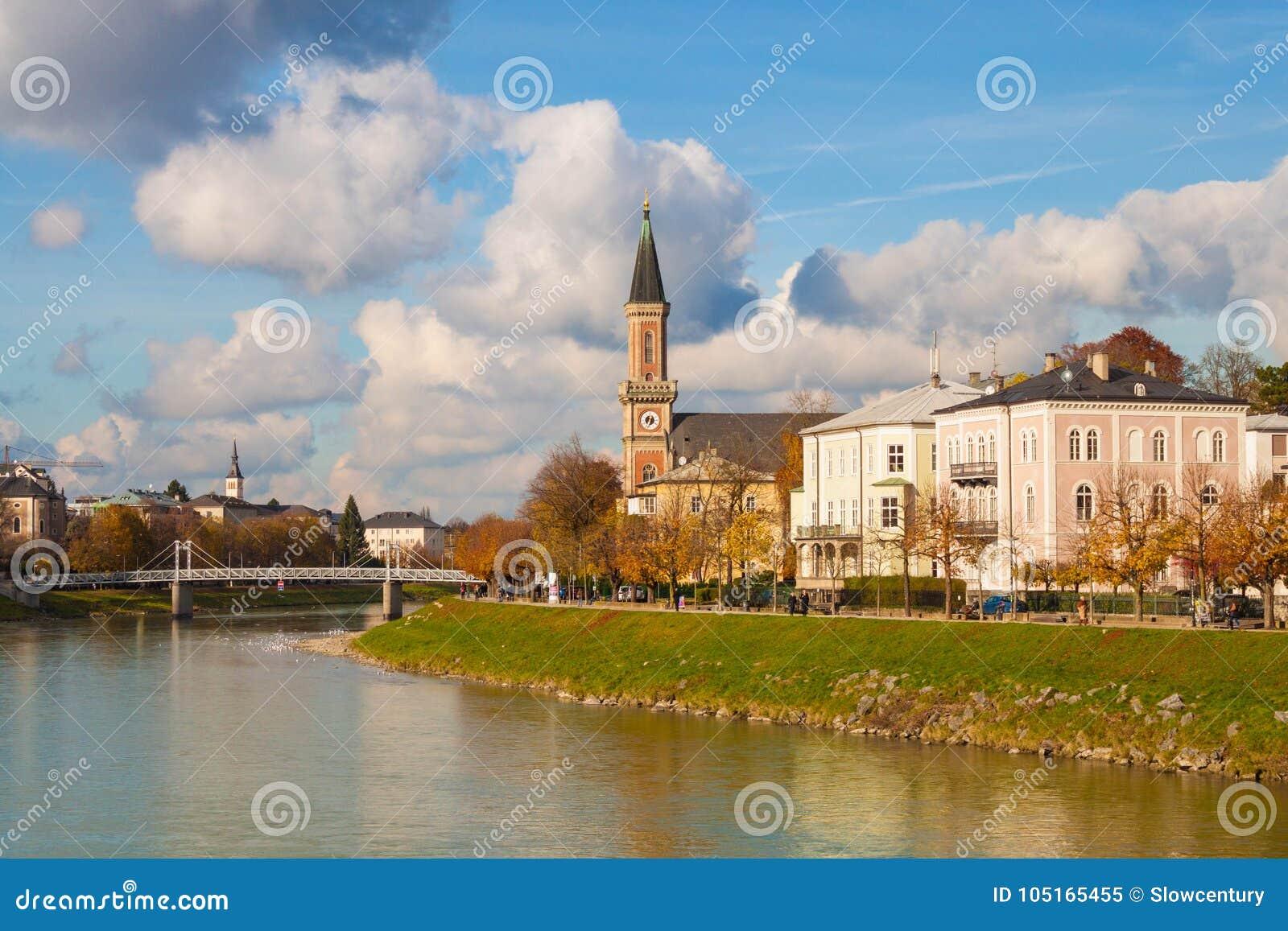 Kyrka Christuskirche för protestantförsamlingSalzburg Kristus på