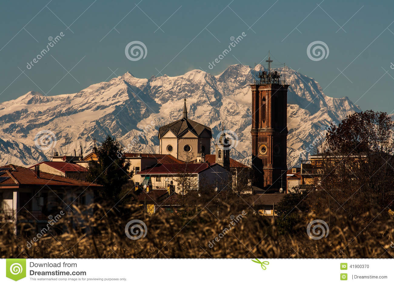 Kyrkan och Monte Rosa