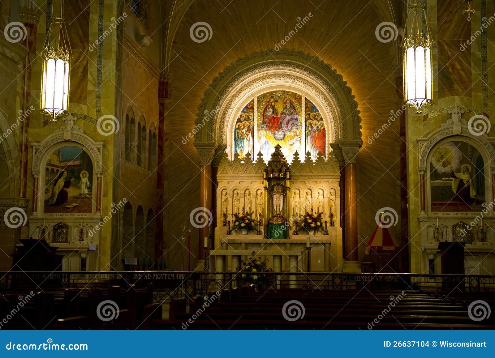 Kyrkligt altare, kristen religion, dyrkangud