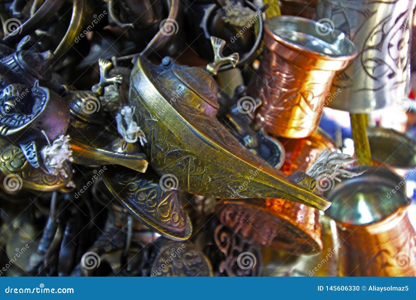 Lámpara antigua, lámpara de Aladín, linterna