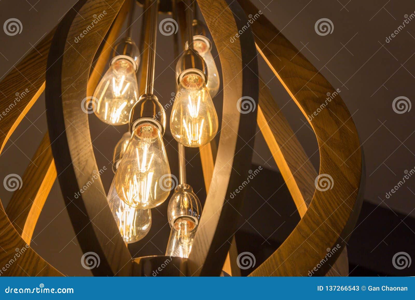 Lámpara caliente de la bombilla del tono decorativo con amarillo del sitio de la pared
