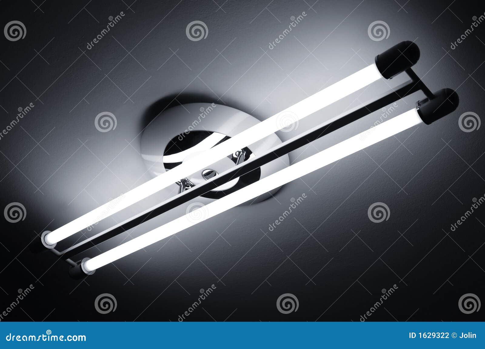 L mparas fluorescentes encendidas foto de archivo imagen - Lampara fluorescente cocina ...