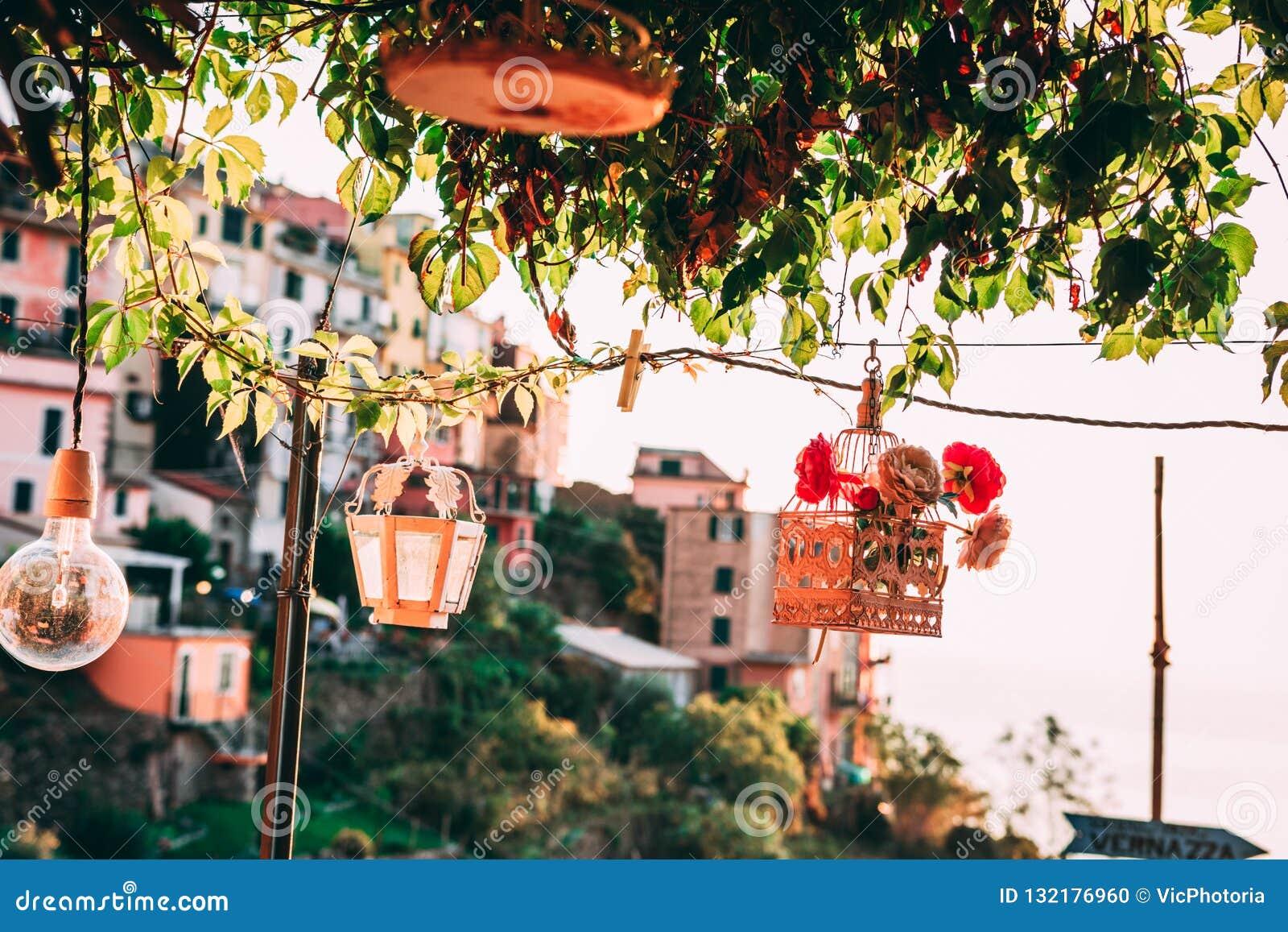 Lámparas Y Decoraciones Del Vintage árbol De Cal Y Casas