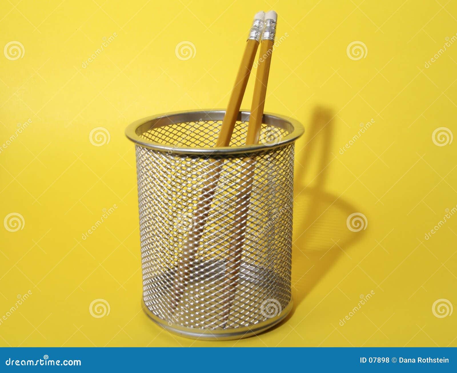 Lápices en taza