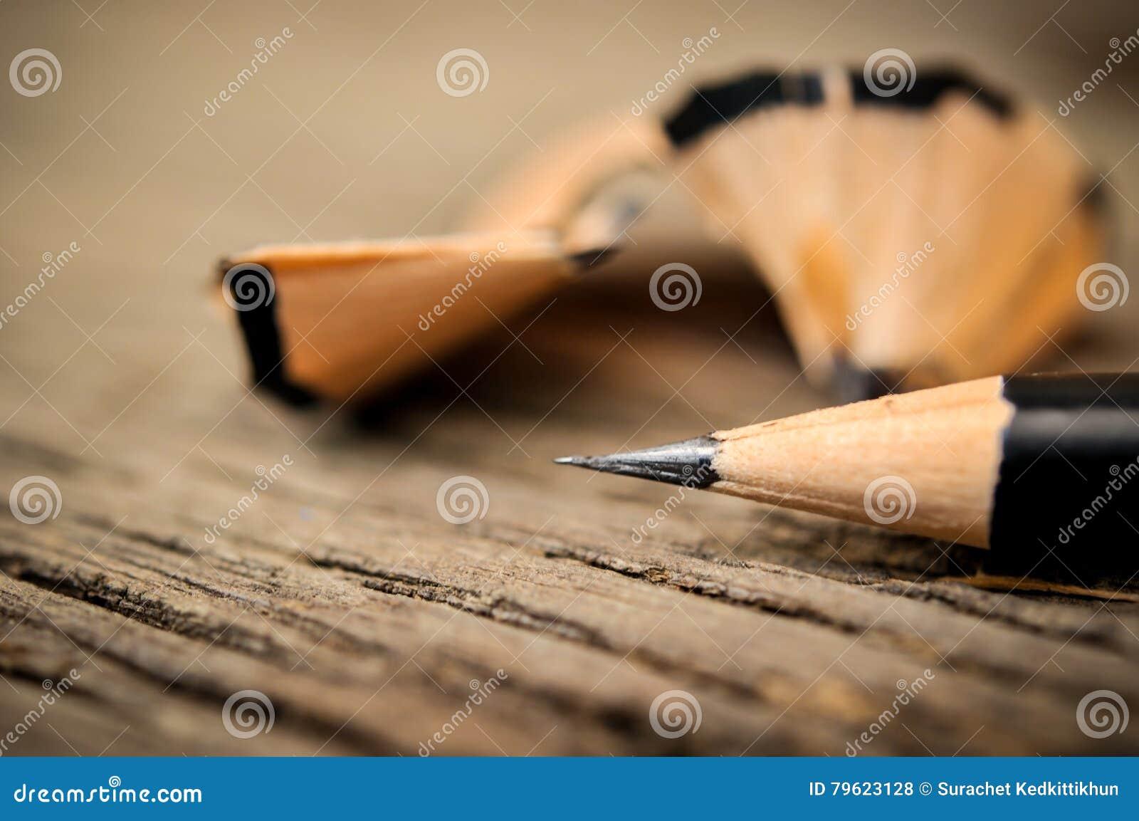 Lápis após aparas
