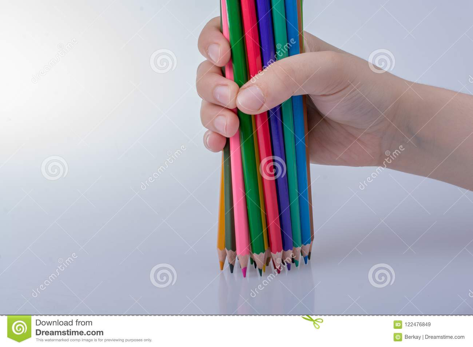 Lápis da cor em um fundo branco