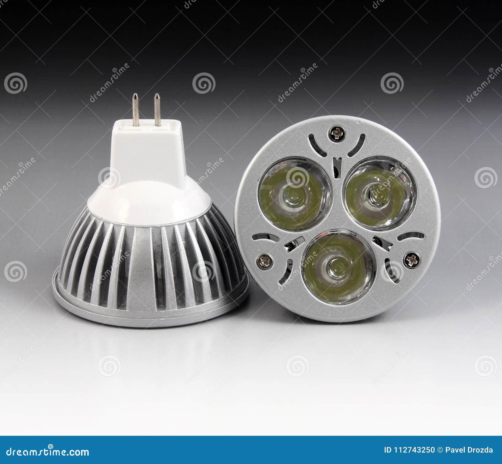 Lâmpada do diodo emissor de luz com 3 microplaquetas