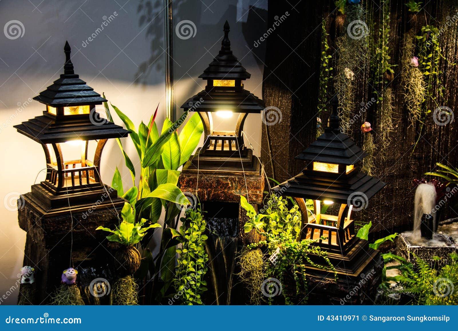 Lâmpada para a decoração do jardim