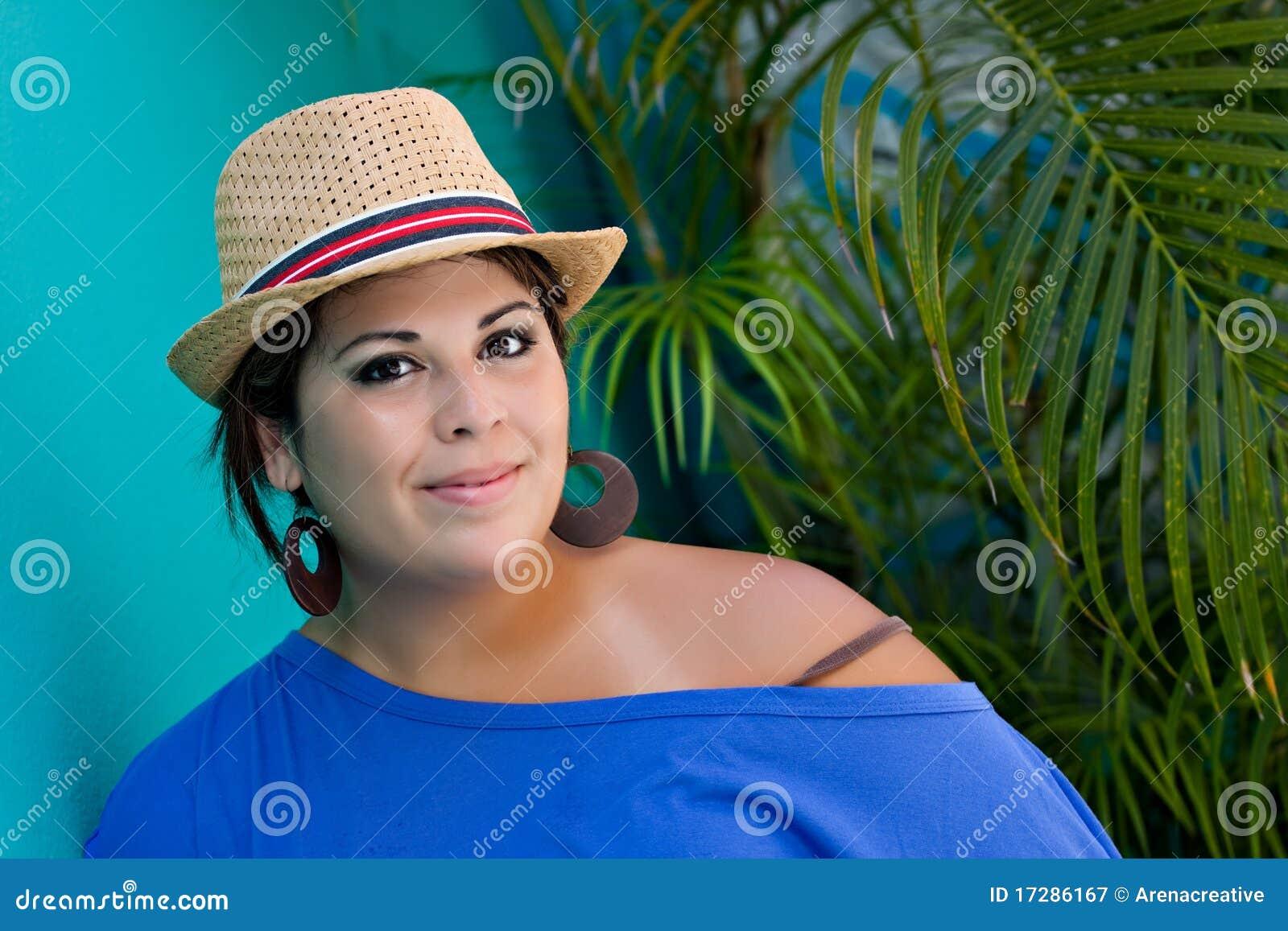 Lächelnde spanische Frau