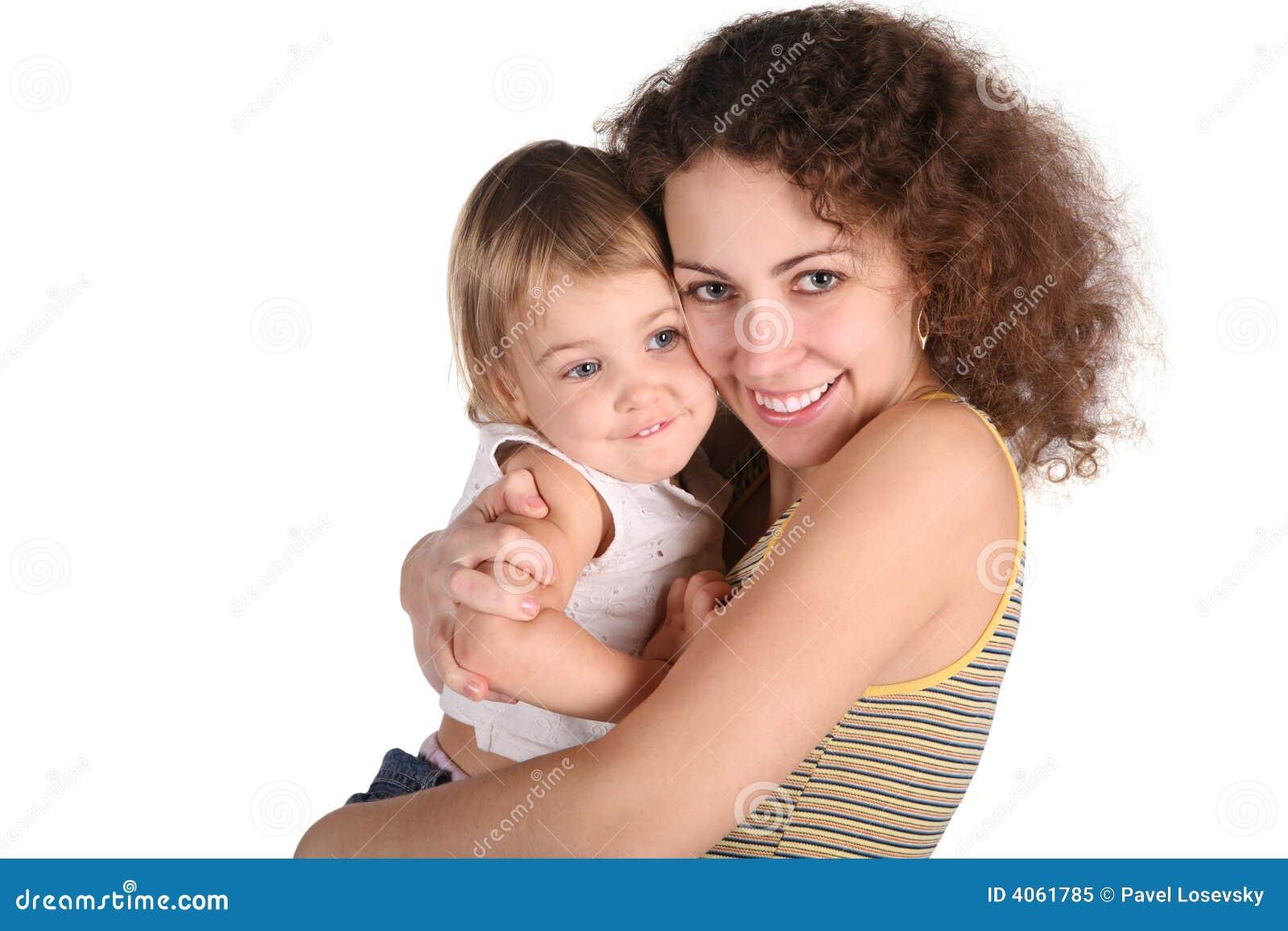 Lächelnmutter mit Schätzchen