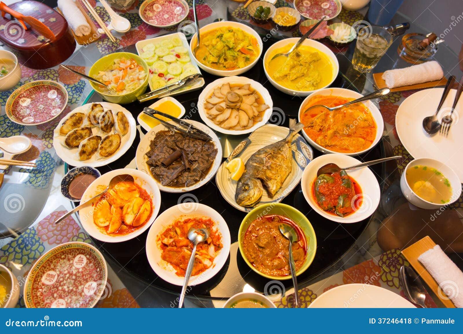 Läcker asiatisk festmåltid