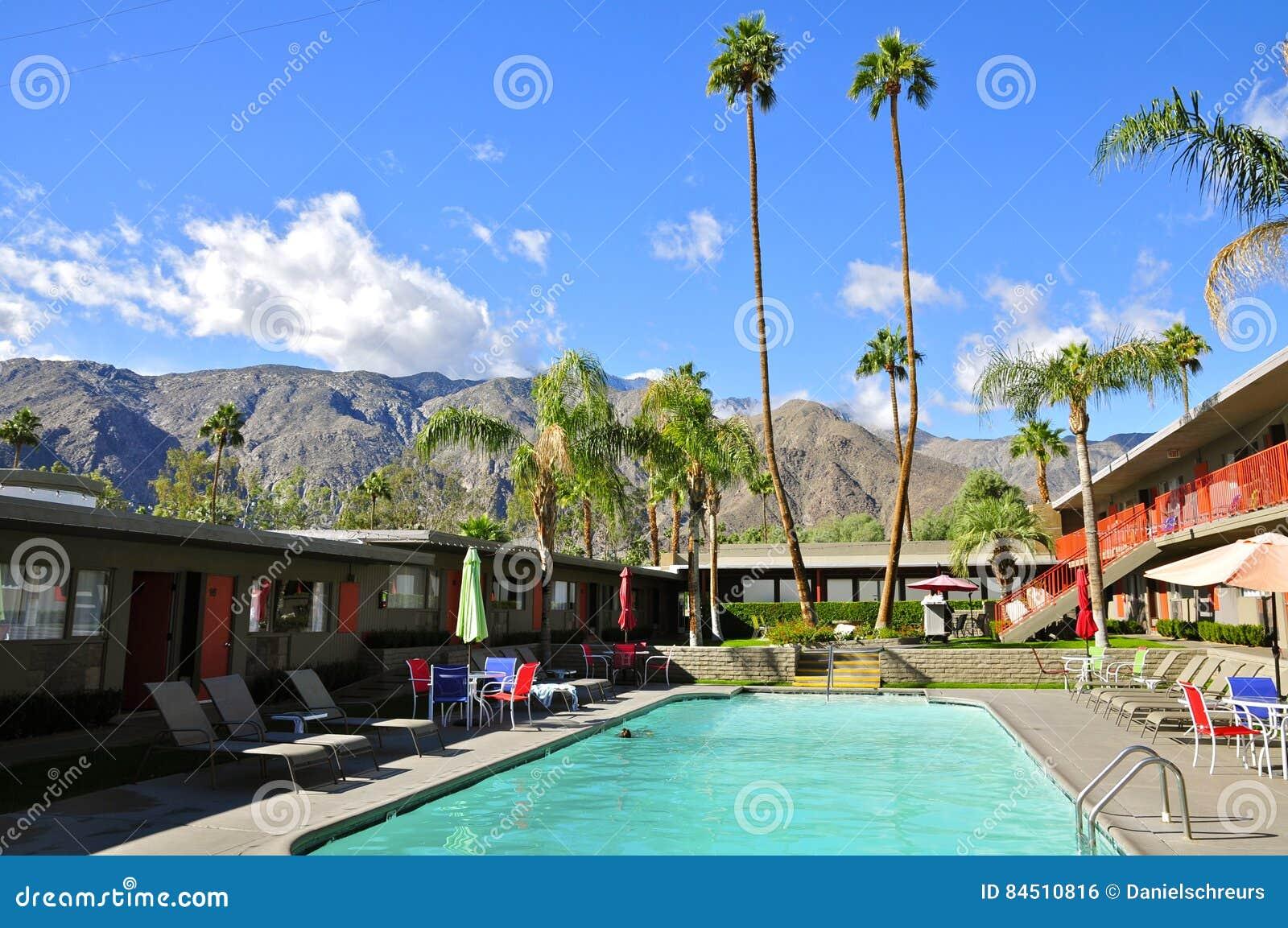 Lärkahotell, Palm Springs